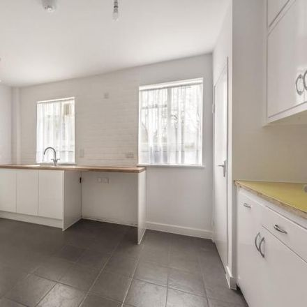 Rent this 4 bed house on Allandale Avenue in Regent's Park Road, London N3 3LD