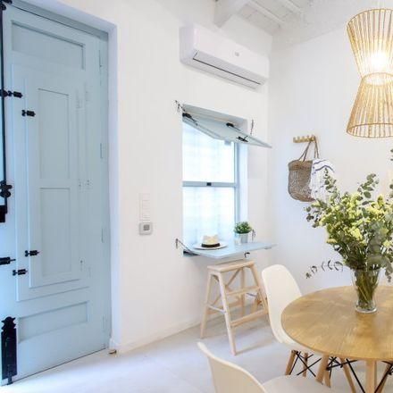 Rent this 2 bed apartment on Carrer de Baix de la Mar in 46024 Valencia, Spain