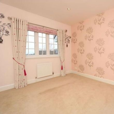 Rent this 5 bed house on Bowmore Crescent in Thorntonhall G74 5DD, United Kingdom