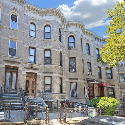 Rent this 8 bed townhouse on 45th Street in 4th Avenue, New York