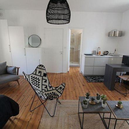 Rent this 1 bed apartment on Ouest France in 4 Rue Raymond Poincaré, 85000 La Roche-sur-Yon