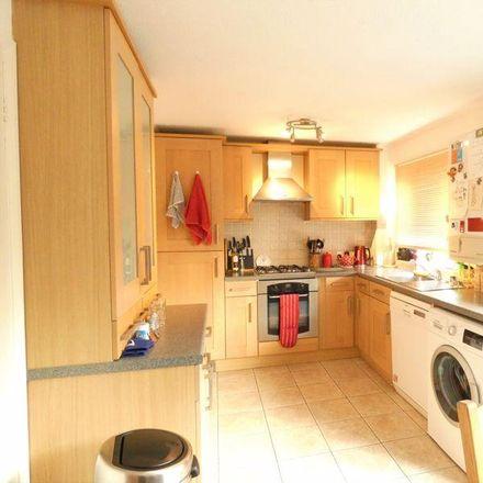 Rent this 3 bed house on 7 Fitzwilliam Avenue in Stubbington PO14 3SD, United Kingdom