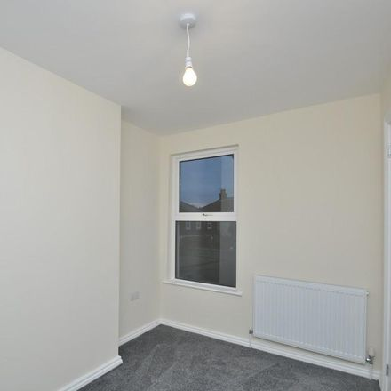 Rent this 3 bed house on Star Road in Ashford TN24 8BX, United Kingdom