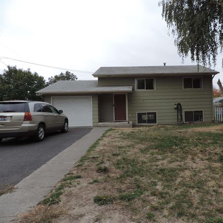 Rent this 3 bed house on 1712 10th Street in Lewiston, ID 83501
