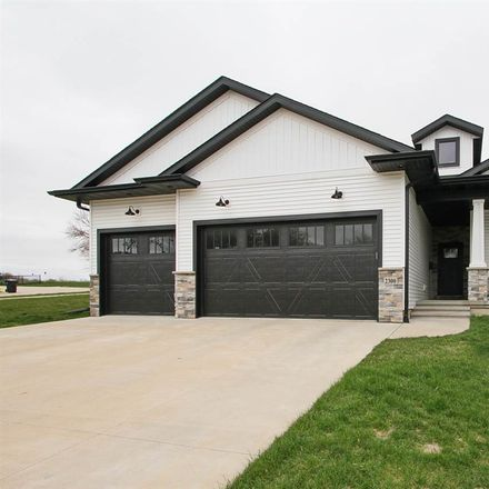 Rent this 5 bed house on Dempster Dr in Coralville, IA