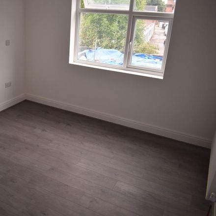 Rent this 1 bed apartment on Wok Inn in Rayners Lane, London HA5 5DS