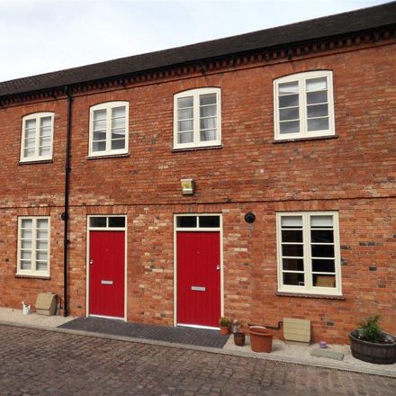Rent this 2 bed house on Iceland in Albion Street, Newark and Sherwood NG24 4FF