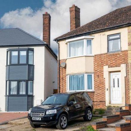 Rent this 3 bed house on Hillside Avenue in Kettering, NN15 6EG