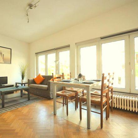 Rent this 2 bed apartment on Place du Roi Vainqueur 24 in 1040 Etterbeek, Belgium