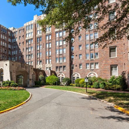 Rent this 2 bed condo on Westchester Market in 4000 Cathedral Avenue Northwest, Washington