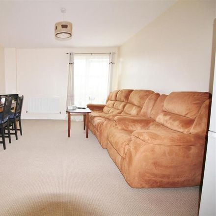 Rent this 2 bed apartment on Station Road in Hertsmere WD6 1GR, United Kingdom