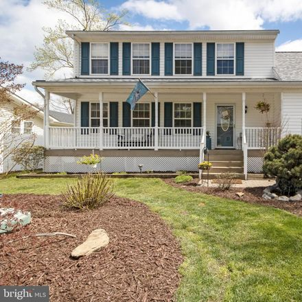 Rent this 4 bed house on Holly Dr in Edgewater, MD
