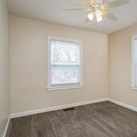 Rent this 3 bed house on 2408 Wernert Avenue in Toledo, OH 43613