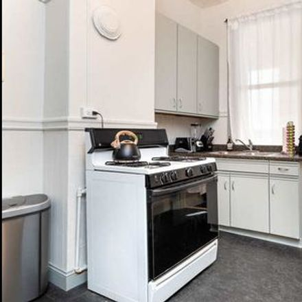 Rent this 1 bed room on 430 Union Street in San Francisco, CA 94133