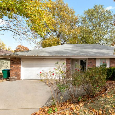 Rent this 3 bed house on 3420 South Kickapoo Avenue in Springfield, MO 65804
