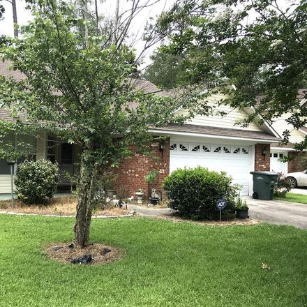 Rent this 3 bed house on 301 Clanton Street in Thomasville, GA 31792