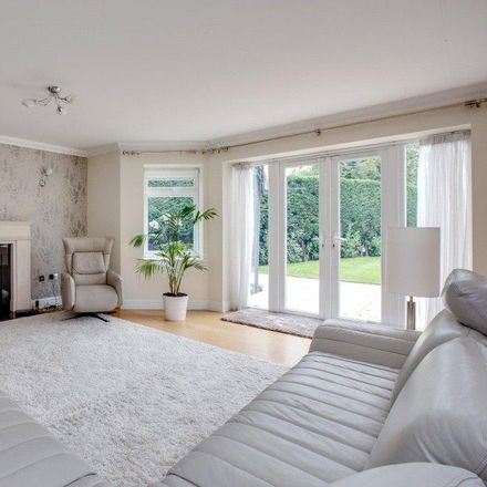 Rent this 7 bed house on The Drive in London UB10 8AF, United Kingdom