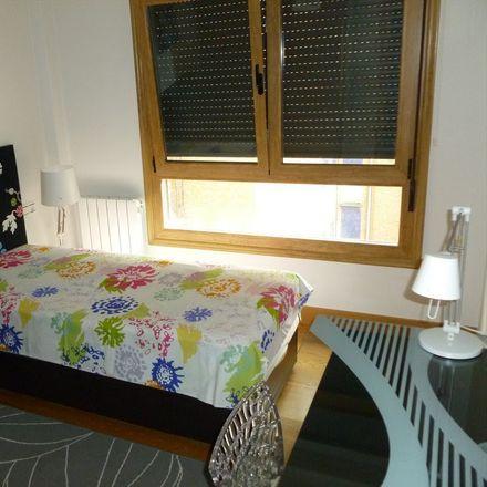 Rent this 3 bed room on Sagarrasti Kalea in 48903 Barakaldo, Bizkaia