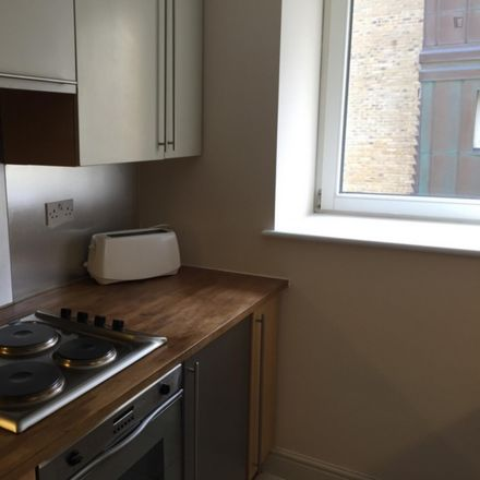 Rent this 3 bed room on Jefferson Building in 12 Westferry Road, London E14 8LR