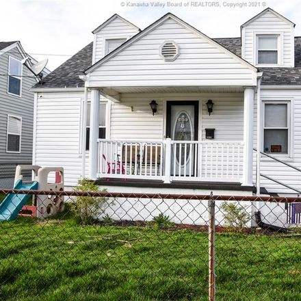 Rent this 3 bed apartment on 5208 Kentucky Street in South Charleston, WV 25309