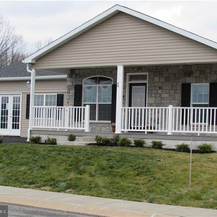Rent this 3 bed house on Random Rd in Douglassville, PA