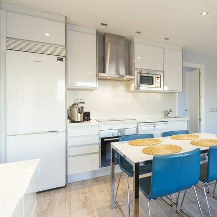 Rent this 2 bed apartment on Consulado General de Francia en Madrid in Calle del Marqués de la Ensenada, 10