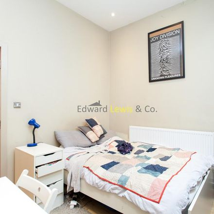 Rent this 3 bed apartment on Rectory Road in Evering Road, London N16 7SR