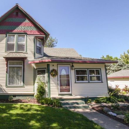 Rent this 3 bed house on Lincoln Drive in Cooksville, IL 61730
