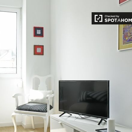 Rent this 1 bed apartment on Rua Gualdim Pais in 1900-439 Lisbon, Portugal