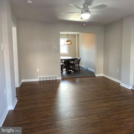 Rent this 3 bed townhouse on 229 West 3rd Avenue in Conshohocken, PA 19428