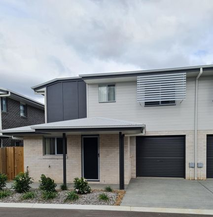 Rent this 3 bed townhouse on 77/8 Casey Street