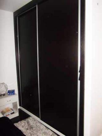 Rent this 2 bed apartment on Rua do Professor Duarte Leite in 4200-283 Paranhos, Portugal