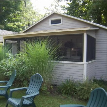 Rent this 2 bed apartment on 1291 Mayhew Turnpike in Bridgewater, NH 03222