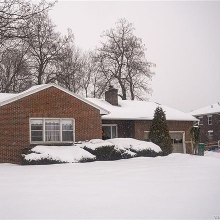 Rent this 3 bed house on 188 Empire Boulevard in Irondequoit, NY 14609