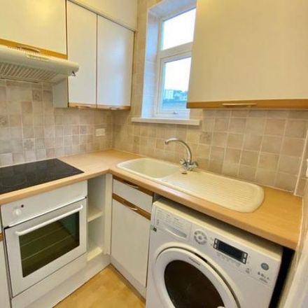 Rent this 1 bed apartment on Stitchill Road in Torquay TQ1 1PY, United Kingdom