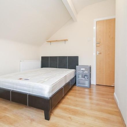 Rent this 1 bed room on Hartley Avenue in Leeds LS6 2LW, United Kingdom