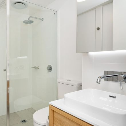 Rent this 2 bed apartment on 905/248 Flinders Street