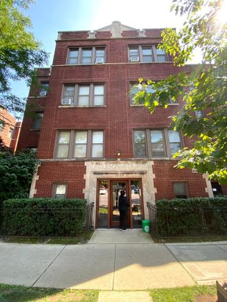 Rent this 1 bed condo on 1319-1329 West Addison Street in Chicago, IL 60613