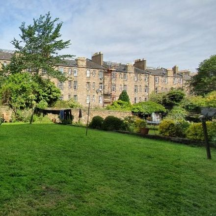 Rent this 2 bed apartment on S&N Grocers in 307 Easter Road, Edinburgh EH7 5QB
