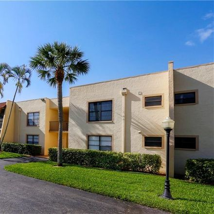 Rent this 2 bed condo on 12501 McGregor Boulevard in McGregor Park, FL 33919