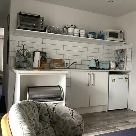 Rent this 1 bed apartment on Albert-Eden in Point Chevalier, AUCKLAND