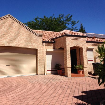 Rent this 3 bed house on 3/29 Wanneroo Road