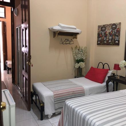 Rent this 3 bed room on Yilian's House in Lagunas 57, 10110