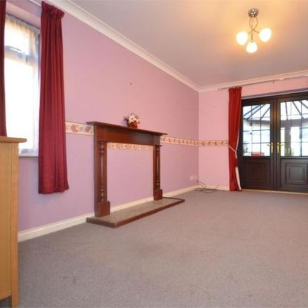 Rent this 2 bed house on Belmont Gardens in Raunds, NN9 6RN