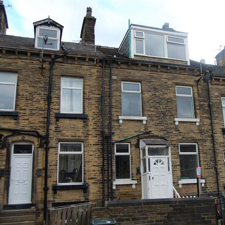 Rent this 3 bed house on Vine Terrace East in Bradford BD8 0LF, United Kingdom