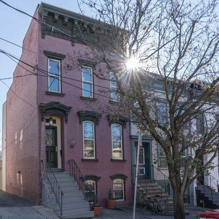 Rent this 3 bed townhouse on 173 Eagle Street in Albany, NY 12202