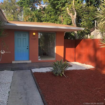 Rent this 3 bed duplex on 1127 Southwest 13th Street in Miami, FL 33129