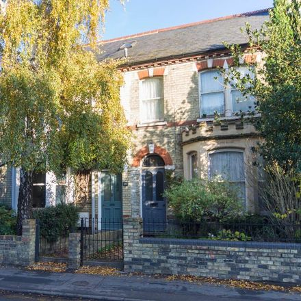 Rent this 4 bed house on Cambridge Rubber Stamps Direct in 58 Victoria Road, Cambridge CB4 3DU