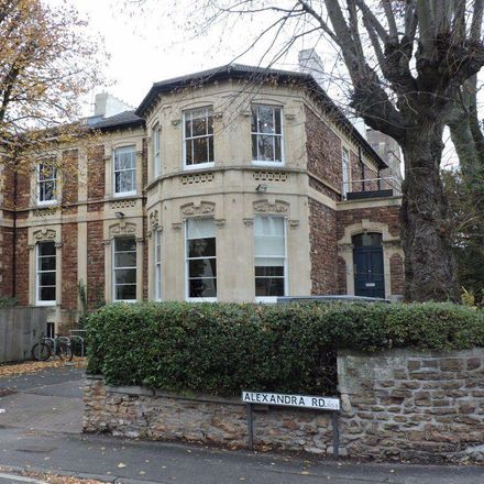 Rent this 6 bed apartment on 41 Oakfield Road in Bristol BS8 2AX, United Kingdom