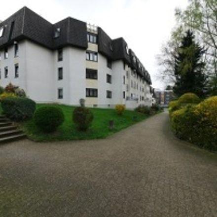 Rent this 3 bed apartment on Vogtlandstraße 17 in 42651 Solingen, Germany